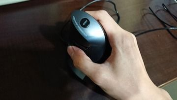 新しいマウスが買えました