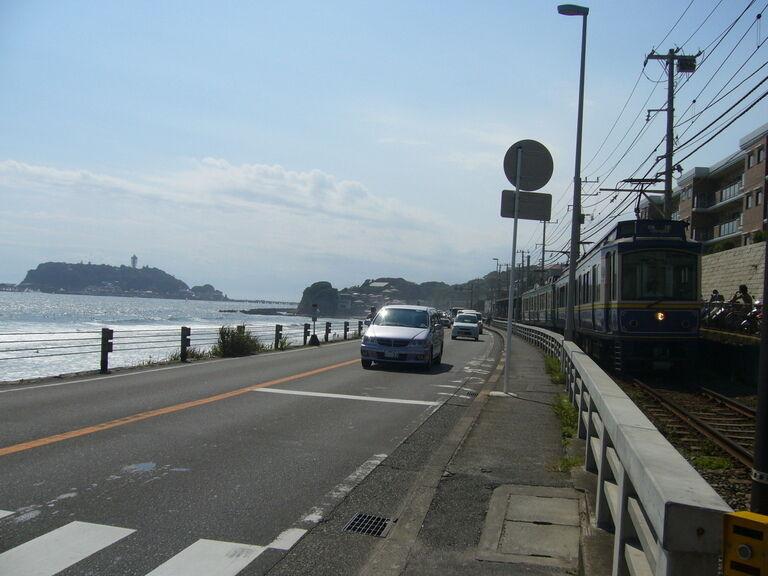 夏真っ盛り!湘南モノレールと江の電で江の島へ