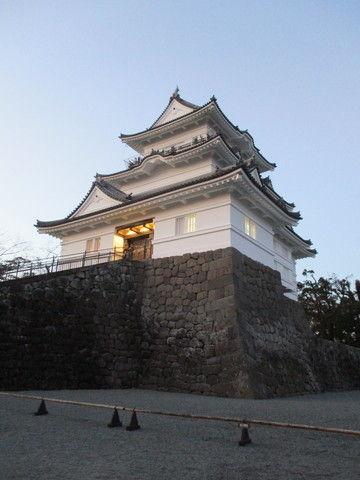 東京から小田原城へ