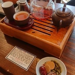 【紹介】神戸岩茶荘 ~最高級の烏龍茶と薬膳粥を求めて~