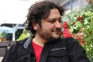 イラン出身の作曲家アミル・モルックポーア氏と契約、吹奏楽作品の販売を開始いたしました