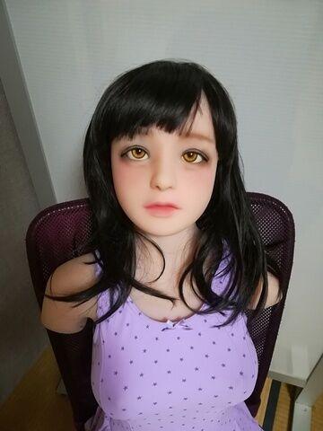 バレエレオタードの黒髪幼女