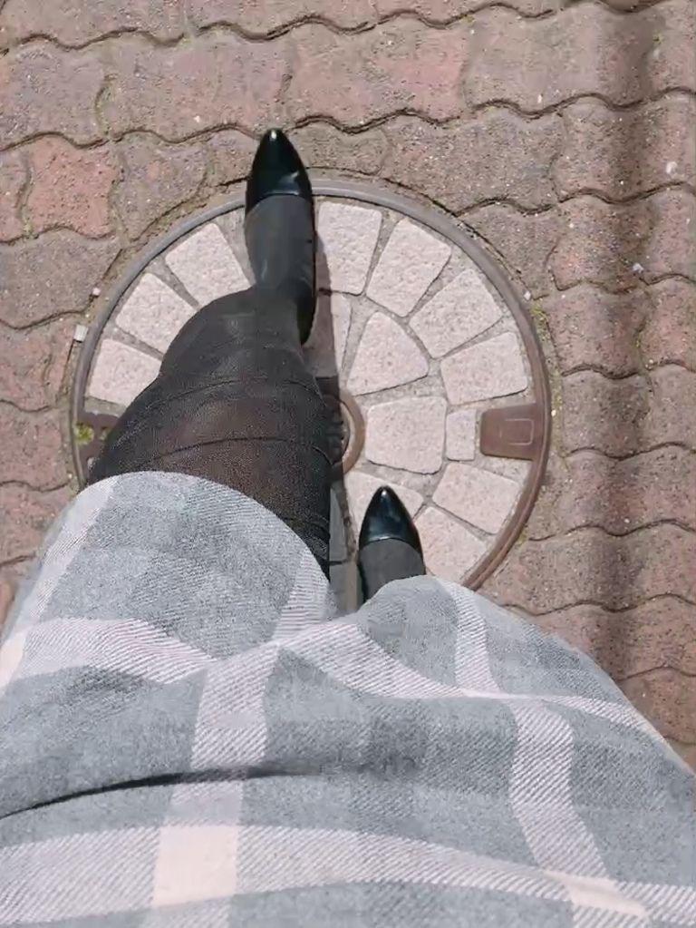 女装してお散歩💕黒パンスト×エナメルパンプス❤️