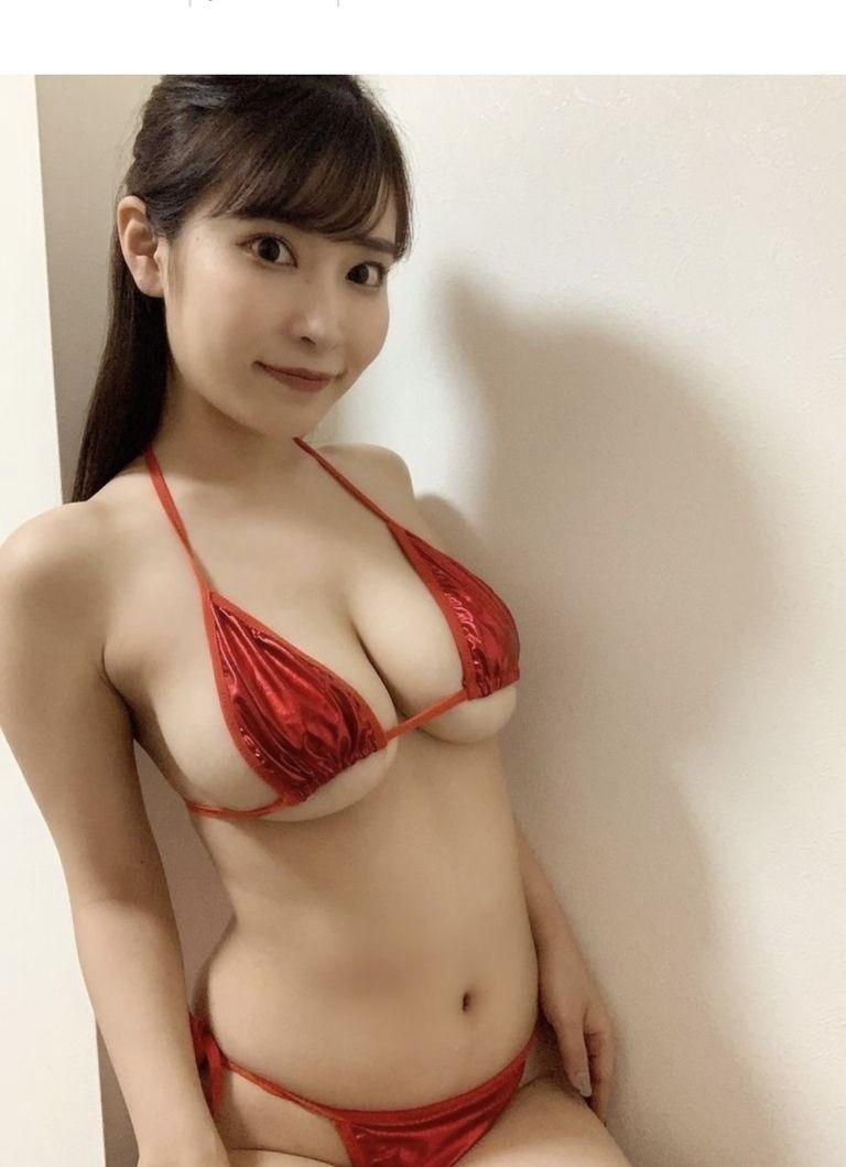 マイクロビキニ動画