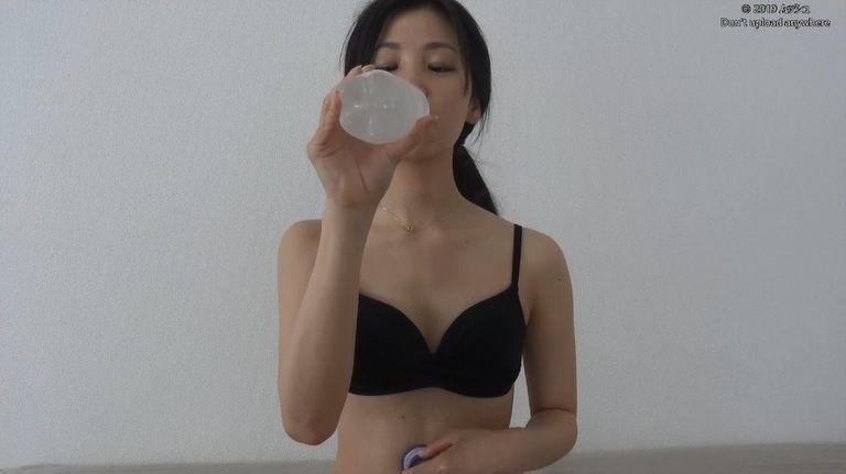 21歳 ゆりなさんの胃腸音集(水着Ver)Vol.2