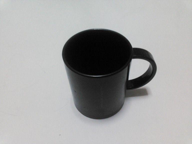 天才の脳細胞にカフェインを供給し続けた伝説のマグカップ