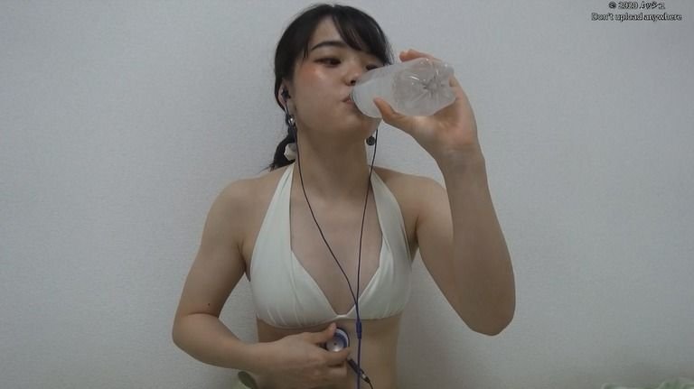 20歳 あかねさんの胃腸音集(水着Ver)Vol.2