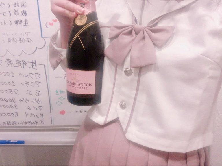 ピンクセーラー服チェキ🌸