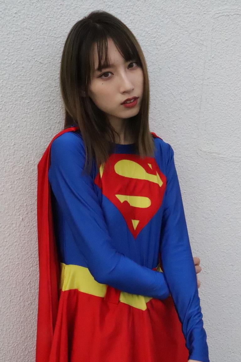 スーパーガールローさん2