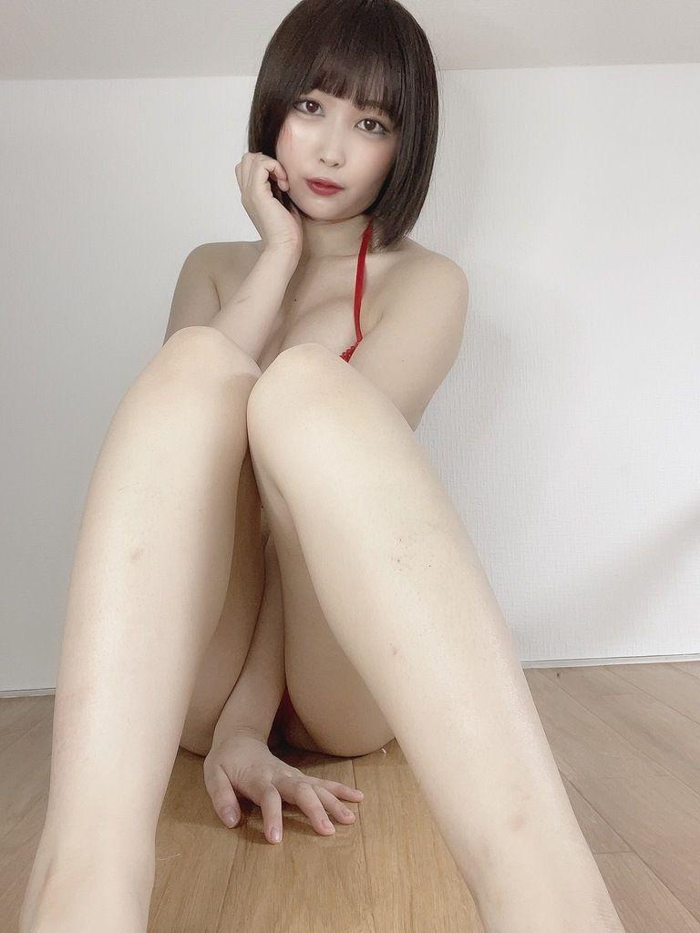 赤いテカテカランジェリー(203枚)