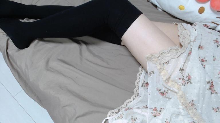 【+限定動画】白のワンピースでリクエスト&雑談ASMR♡Part3【Aug. 29, 2020】