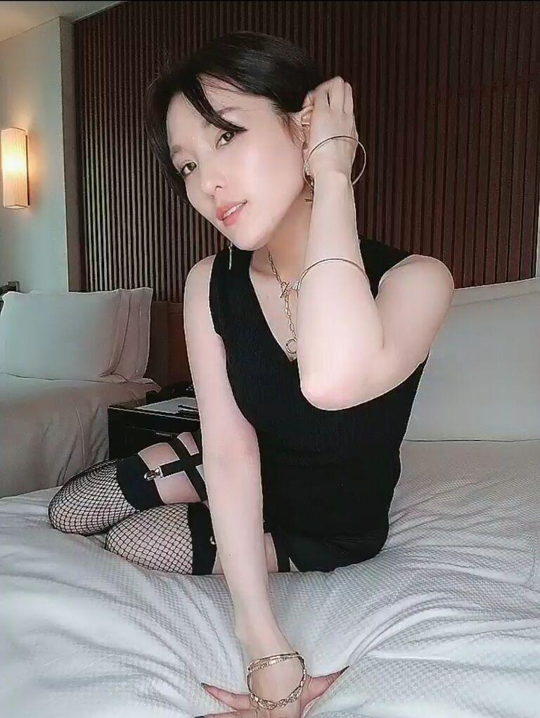 【5分グラビア】ホテルにお泊まり