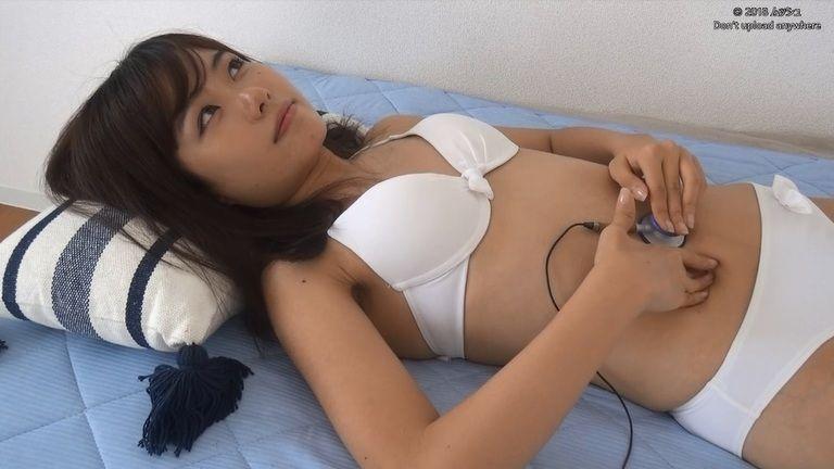 20歳 百合木美怜さんの胃腸音集(水着Ver)Vol.3
