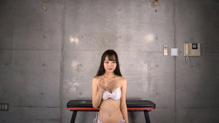 22歳 永岡優奈さんの心音集(水着Ver)Vol.1