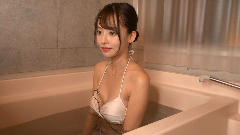 22歳 永岡優奈さんの心音集(水着Ver)Vol.3