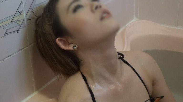 27歳 CHIHARUさんの心音集(水着Ver)Vol.3