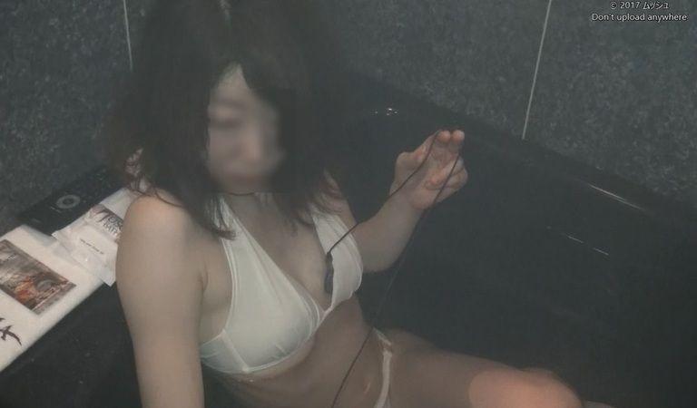 29歳 亜美さんの心音集(水着Ver)Vol.3