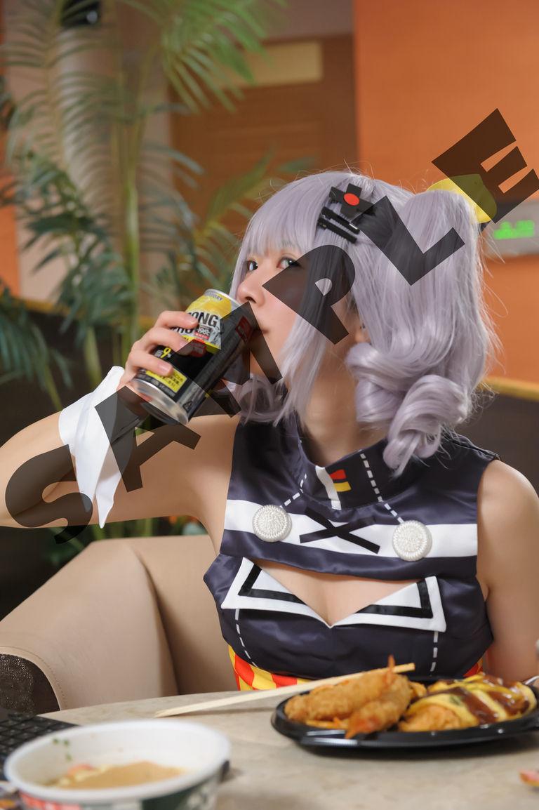 ストゼロ飲んで♥スパッツの中まで見せて♥