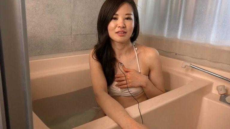 26歳 春月 英未莉さんの心音集(水着Ver)Vol.3