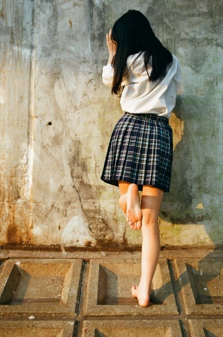 SEIFUKU GIRL & Foot Fetishism vol.1
