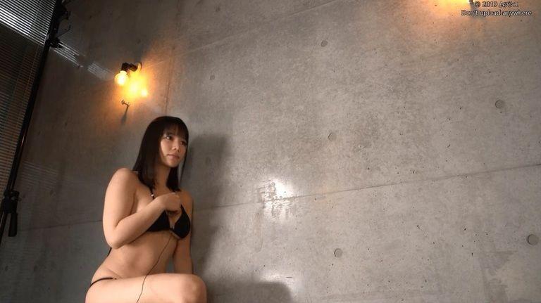 26歳 新垣優香さんの心音集(水着Ver)Vol.2