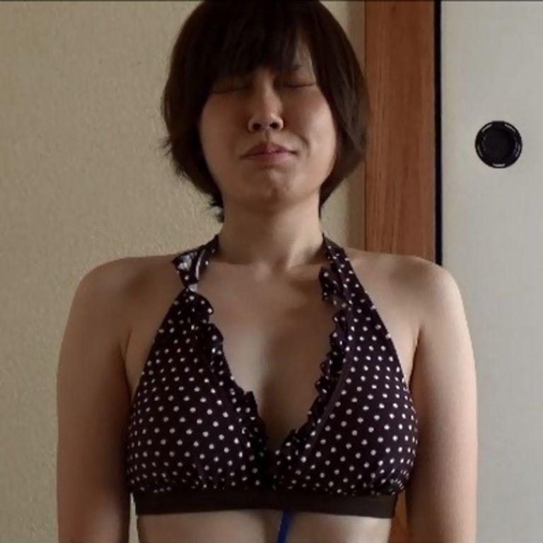 23歳 社会人あゆみさんの心音集(水着Ver)Vol.1