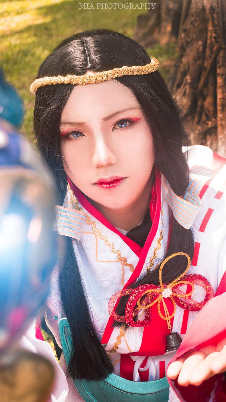 Yao Bikuni cosplay