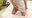猫顔の夏美ちゃん。入れちゃおっか?からのフェラで勃たせてからの・・・ 47s